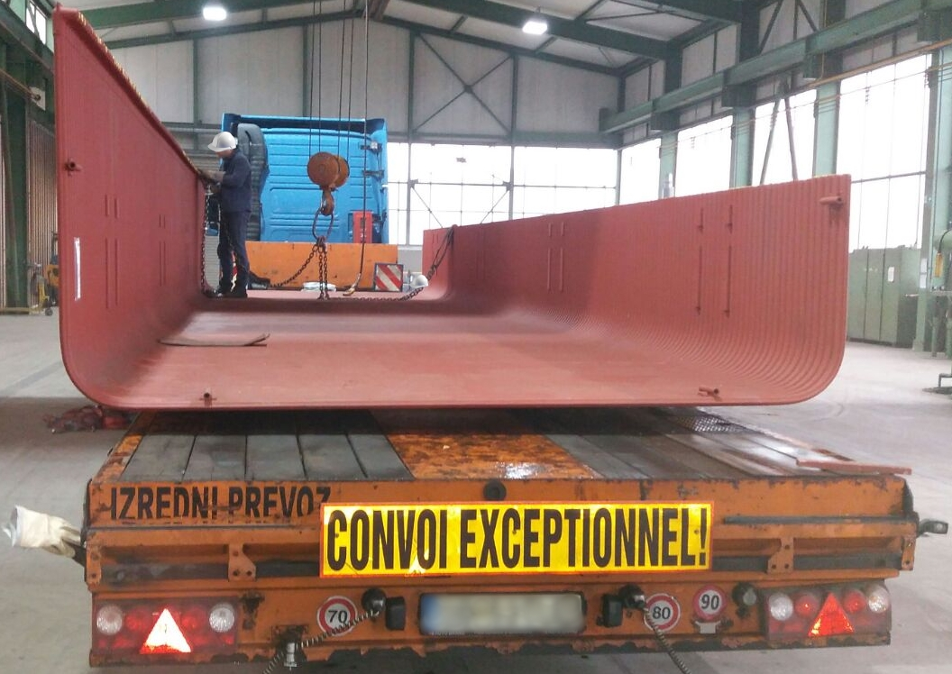 Transport of steel constructions from Germany to Greece